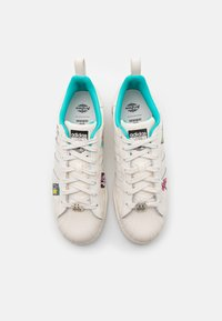 adidas Originals - ARIZONA VOL II UNISEX - Tenisky - chalk white - 3