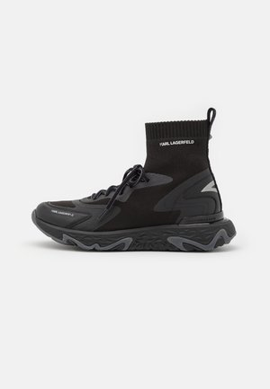 BLAZE PYRO SOCK BOOT - Sneakers alte - black