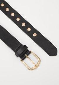 Gina Tricot - ISABELLA BELT - Belt - black/gold-coloured - 2