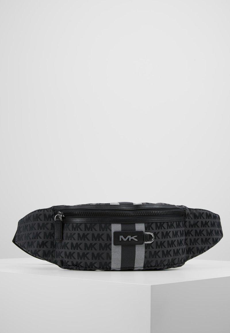 Michael Kors - HIP BAG BROOKLYN - Sac banane - black/grey
