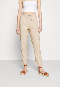 ONLY - ONLAIA  STRING PANT - Kalhoty - white pepper - 0