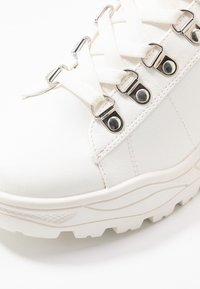 New Look - MRIGHTY - Trainers - white - 2