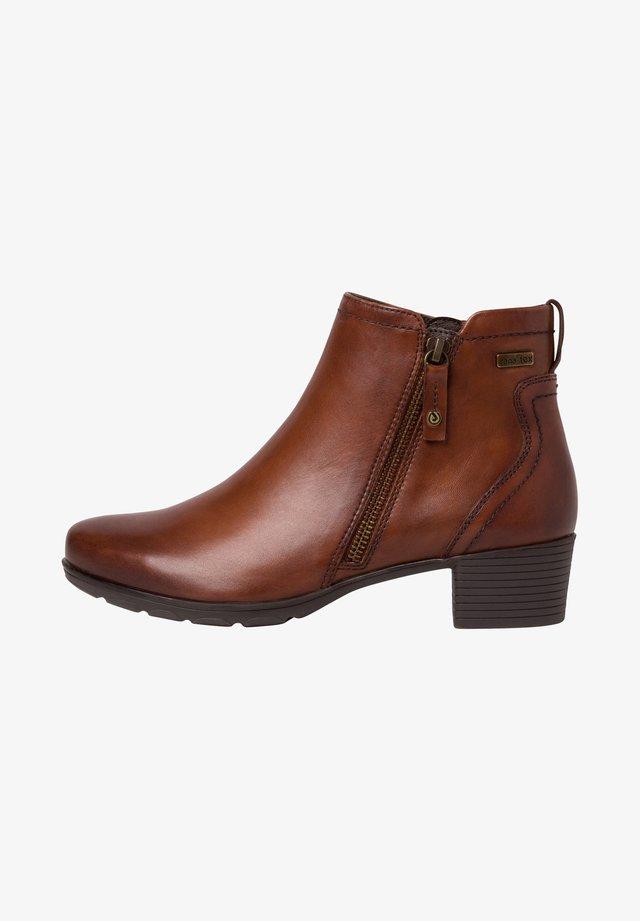 STIEFELETTE - Ankle boots - hazelnut