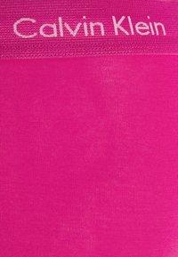 Calvin Klein Underwear - PRIDE LOW RISE TRUNK 5 PACK - Culotte - pink/yellow/green - 7