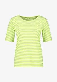 Gerry Weber - Print T-shirt - ecru/weiss/grün ringel - 0