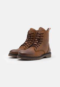 Jack & Jones - JFWNORSE BOOT - Lace-up ankle boots - cognac - 1