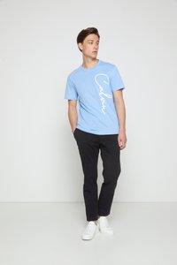 Calvin Klein - SUMMER SCRIPT LOGO - T-shirt con stampa - blue - 3