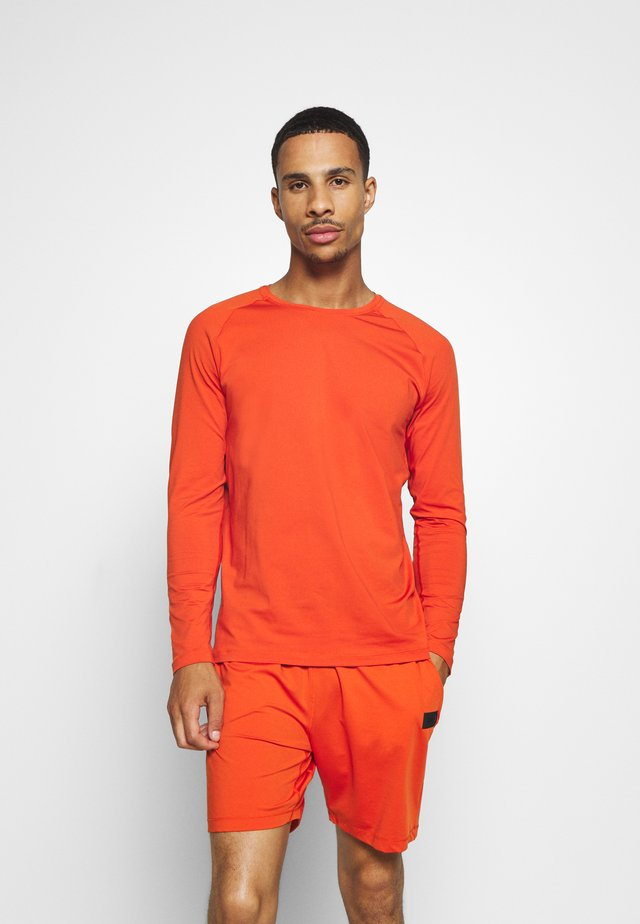 STRUCTURED LONGSLEEVE - Maglietta a manica lunga - intense orange