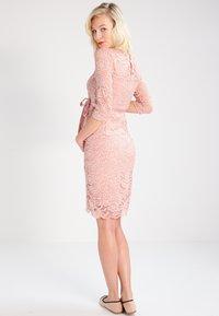 MAMALICIOUS - MLMIVANA DRESS - Vestido de cóctel - misty rose - 2