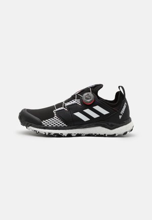 TERREX AGRAVIC BOA - Trail running shoes - core black/crystal white/solar red
