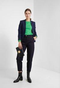 pure cashmere - CLASSIC CREW NECK  - Svetr - green - 1