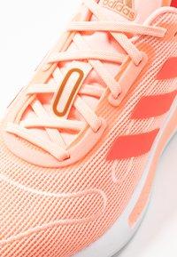 adidas Performance - GALAXAR RUN - Nøytrale løpesko - pink tint/metallic silver/signal pink - 5