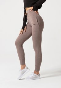carpatree - BELLE SWEATPANTS - Verryttelyhousut - brown - 3