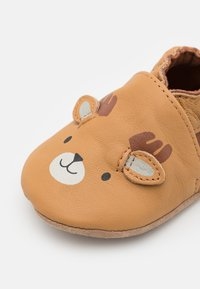 Robeez - BOREAL CARIBOU UNISEX - First shoes - camel/clair marron - 2