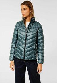 Cecil - IN STEPP OPTIK - Winter jacket - grün - 0
