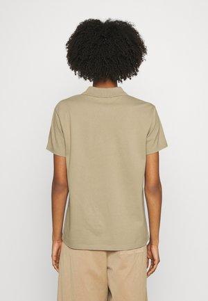 WOMEN - Polo shirt - tan