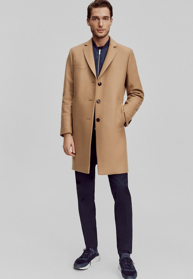 FASHION  - Classic coat - camel