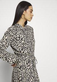Object - OBJBAY DRESS REPEAT - Shirt dress - humus/new animal - 3