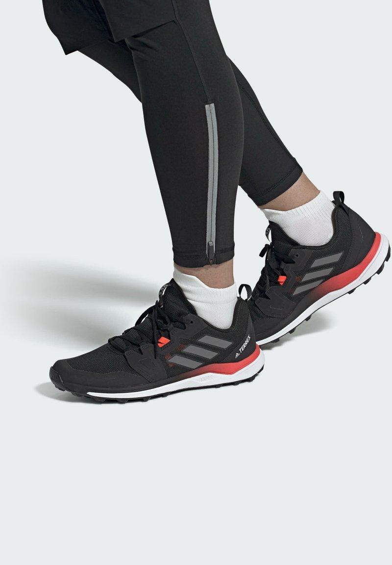 adidas Performance - ZAPATILLA TERREX AGRAVIC  - Løpesko for mark - black