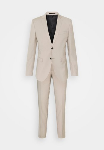 JPRBLAFRANCO SUIT