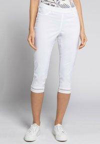GINA LAURA - JULIA - Trousers - weiß - 0