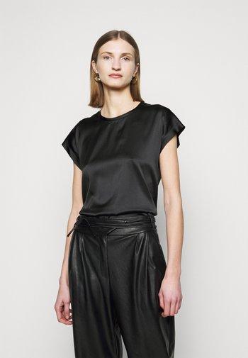FARIDA BLUSA - Blouse - black