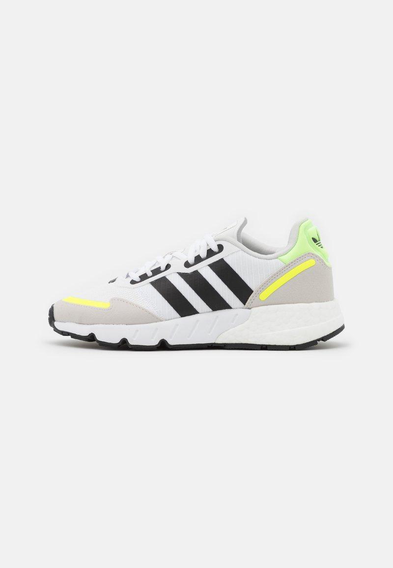adidas Originals - ZX 1K BOOST UNISEX - Matalavartiset tennarit - footwear white/core black/solar yellow