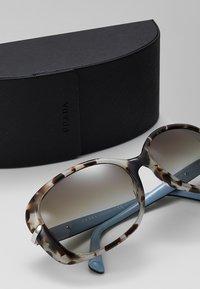 Prada - Sluneční brýle - spotted brown - 2