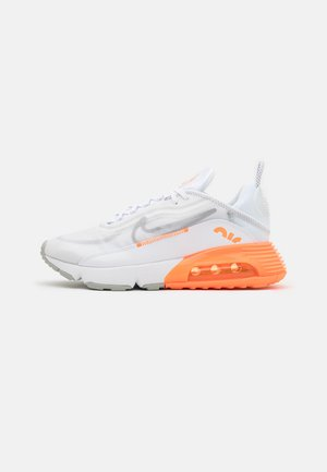 AIR MAX 2090 SE UNISEX - Sneaker low - white/metallic silver/total orange/light smoke grey