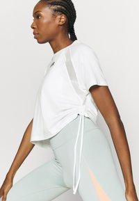 Puma - PAMELA REIF X PUMA COLLECTION  BOXY TEE - Print T-shirt - white - 3