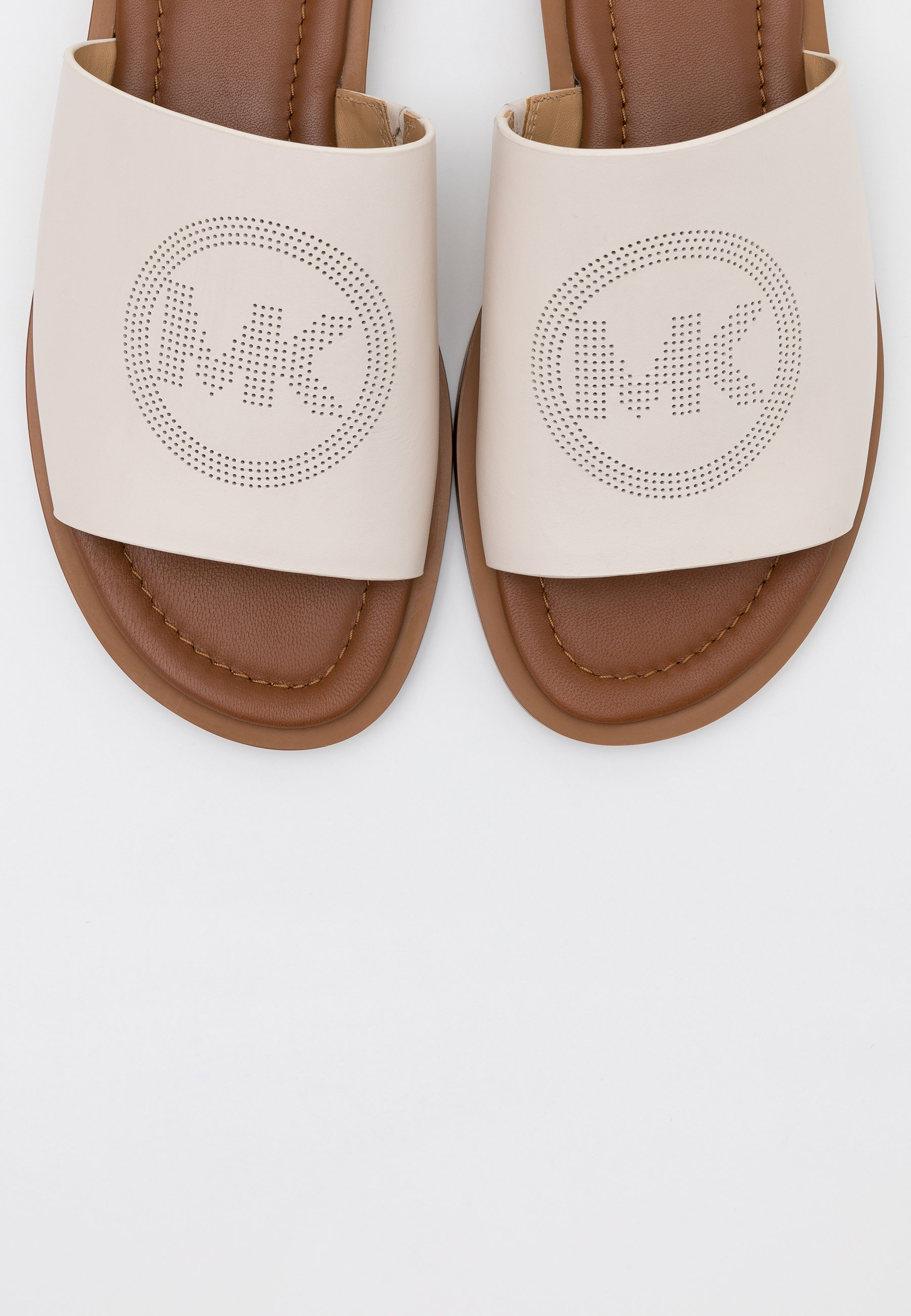 MICHAEL Michael Kors LEANDRA SLIDE - Mules - light cream - Mules & Sabots femme Qualité