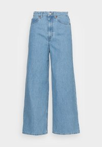Marc O'Polo - TROUSER WIDE FIT CULOTTE LENGTH HIGH WAIST - Flared Jeans - light linen wash - 3