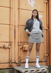 adidas Originals - FORUM BOLD - Joggesko - footwear white/core black - 1