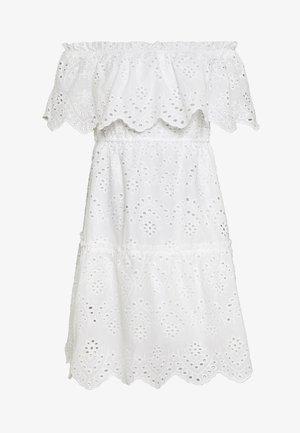VISABELLA OFFSHOULDER DRESS - Robe d'été - snow white