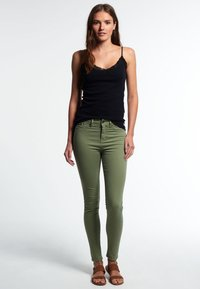 Superdry - SOPHIA - Slim fit jeans - khaki - 1