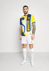 Nike Performance - INTER MAILAND - Klubbkläder - white/white - 1