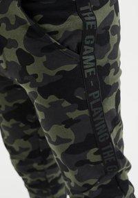 WE Fashion - Træningsbukser - army green - 2