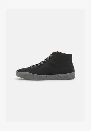 PEU TOURING - Sneakers hoog - black