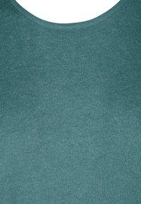 Zizzi - Jumper dress - sea pine mel - 4