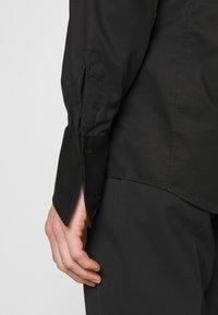 KARL LAGERFELD - MODERN FIT - Camicia elegante - black - 3