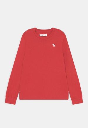BASIC - Top sdlouhým rukávem - red