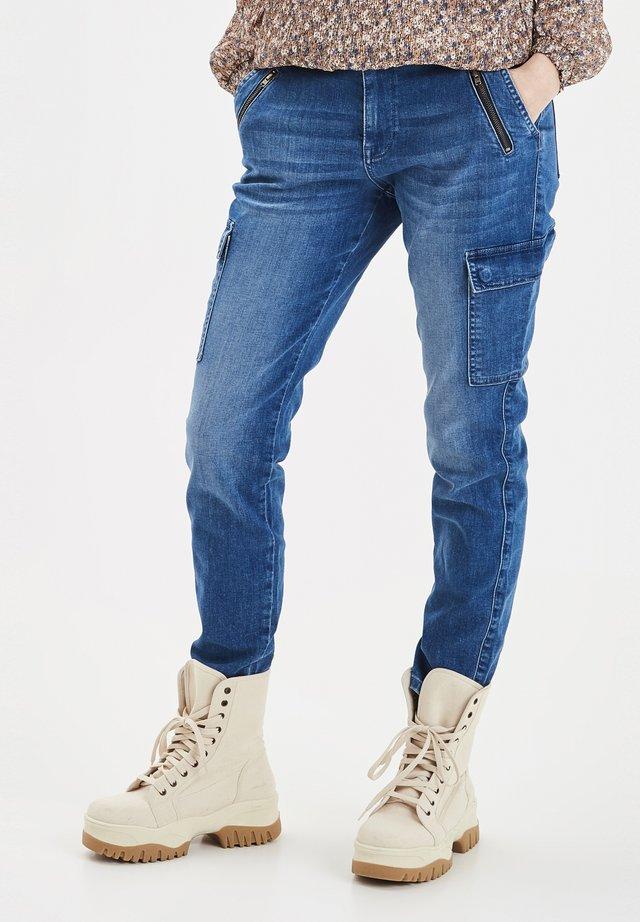 PXELVA - Slim fit jeans - medium blue denim