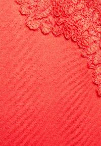 Morgan - DENO - Print T-shirt - red - 2