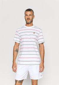 Nike Performance - STRIPES TEE - Print T-shirt - white - 0