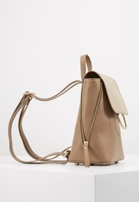Pieces - PCEMMA BACKPACK - Rucksack - toasted coconut - 4