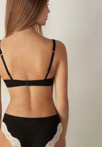 Intimissimi - SOFIA NATURAL FEELING - Balconette bra - schwarz - black/beige cream - 1