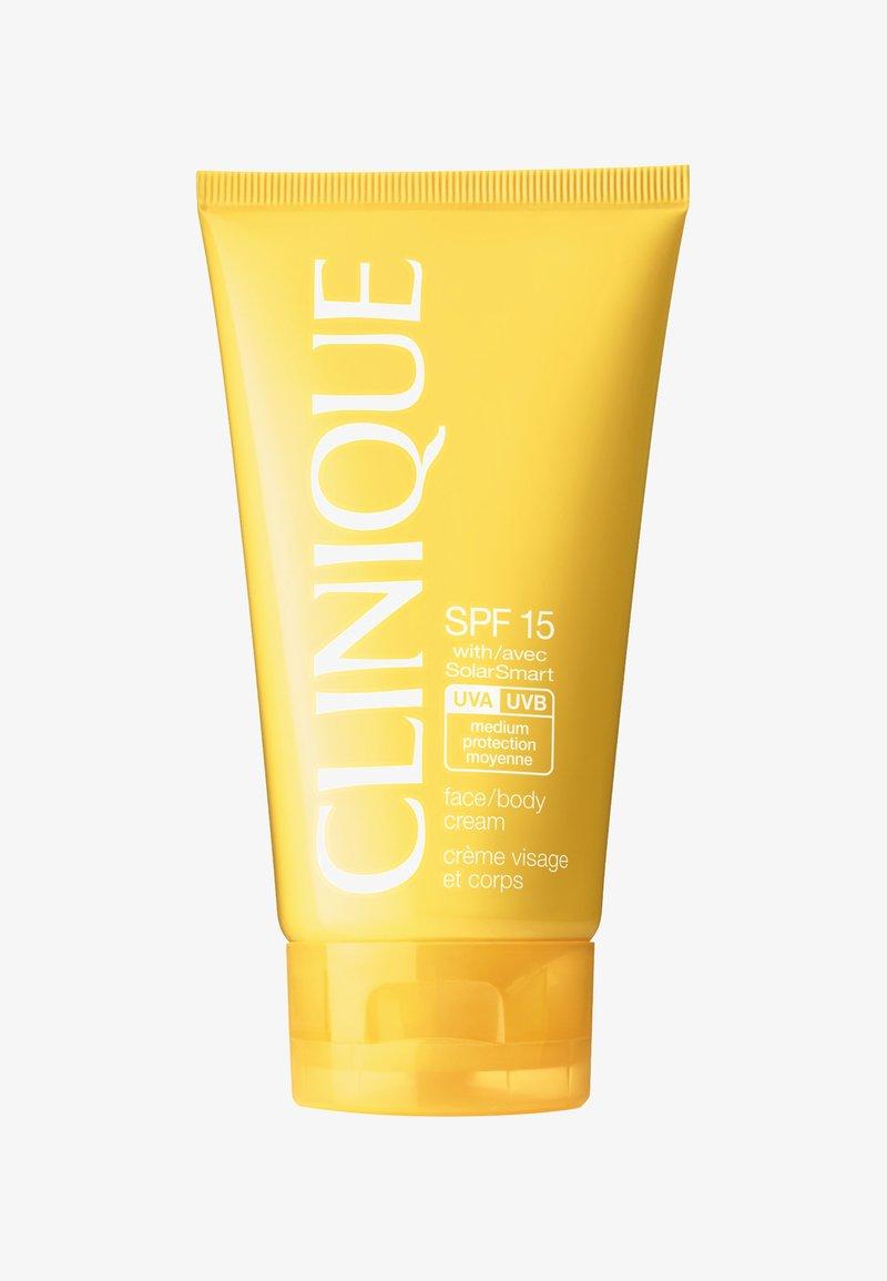 Clinique - SPF15 FACE & BODY CREAM - Crema solare - -