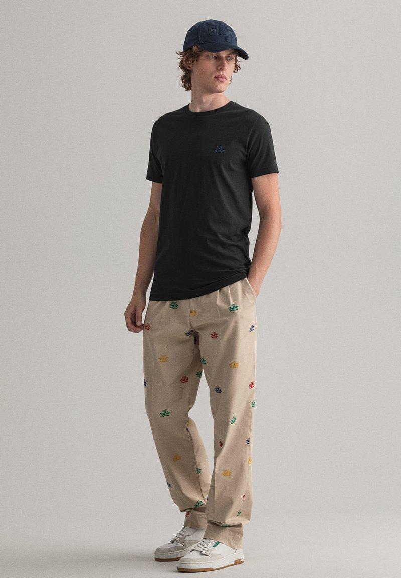 GANT - CONTRAST - Basic T-shirt - black