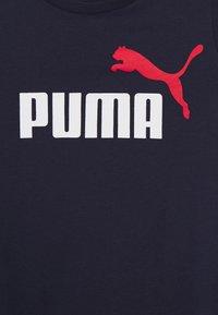 Puma - LOGO TEE - Triko spotiskem - peacoat - 2