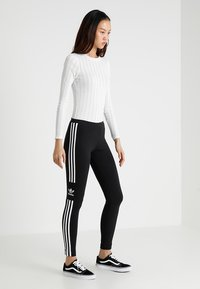adidas Originals - ADICOLOR TREFOIL TIGHT - Leggings - black - 1